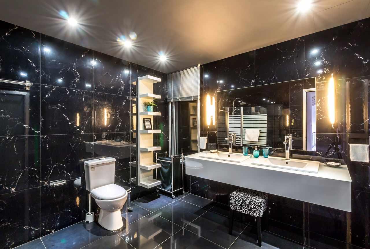 czarna łazienka pomysły i inspiracje
